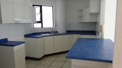 MAS 1:  Vista Hermosa I – Renta apartamento Nivel Bajo