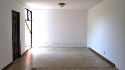 Casa en renta, Zona 15