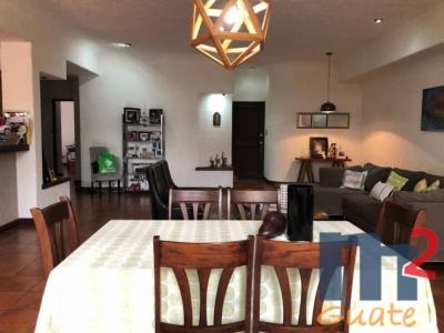 Apartamento de 242 m2 de construcción en Venta, Zona 15