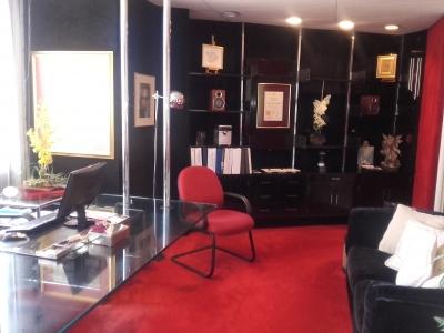 Oficina en Alquiler en Edificio Médico, Obelisco  Zona 10
