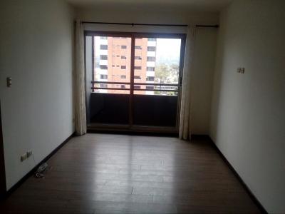 Se renta Apartamento en zona 10