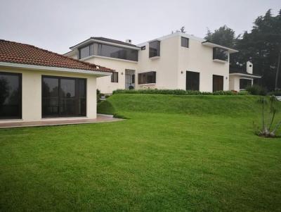 Casa con amplio jardín en Km 23 carretera a el Salvador