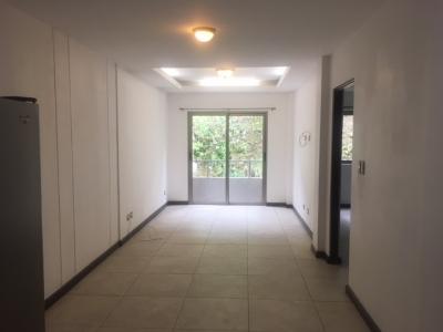 Apartamento en Alquiler Zona 10, Oakland, 70 m2, 1 Habitación, US$750