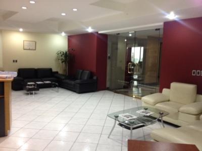 Oficina en Venta Zona 14, Ed. Europlaza, 478 m2, 10 Parqueos, US$1'150,000