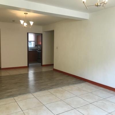 Alquilo Apartamento con Linea Blanca en zona 12 Colonia La Colina
