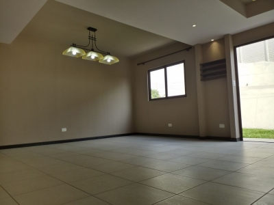 CityMax Promueve Casa en Alquiler en Zona 16 Vista Hermosa 4