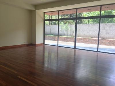 Hermoso Apartamento en venta ubicado en zona 10 Casa Margarita