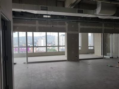 Oficina en venta, Zona 10 / 298.71 m²*