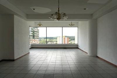 Apartamento en renta, Zona 15