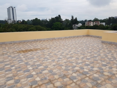Casa de 253 m2 de construcción en Venta, Zona 15