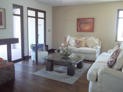 Casa nueva de 4 Habitaciones en venta en km 15.5 Muxbal