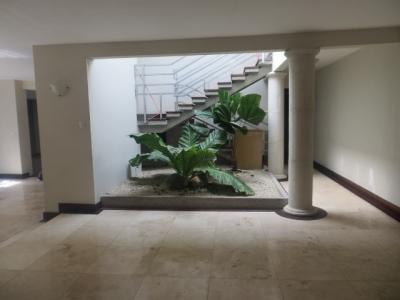 Linda casa con Piscina, Las Conchas