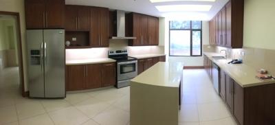 Apartamento de Lujo en Venta Zona 10, Nivel uno, 3 Habitaciones, 600 m2, US$900,000