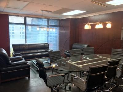 Oficina amueblada 88m2 en renta ubicada en zona 9