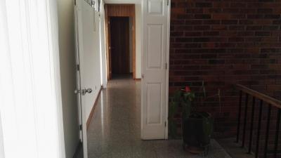 Alquilo Amplia Oficina Ubicada en Excelente Sector de Zona 15, Ubicación Tranquila y Segura