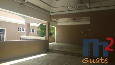 Casa de 530 m2 de construcción en Venta, Carretera a El Salvador