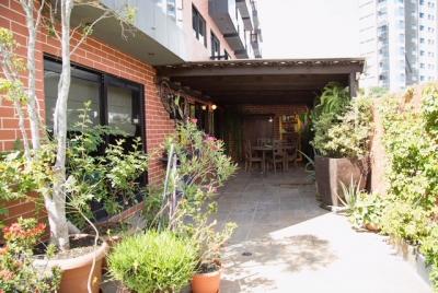Apartamento de 218 m2 de construcción en Venta, Zona 15