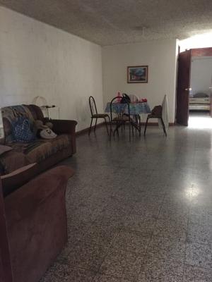 Vendo casa en Residenciales Monte Maria