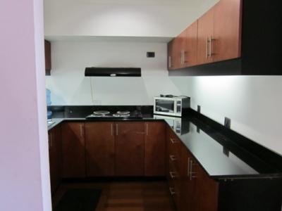 Apartamento amueblado, Zona 13