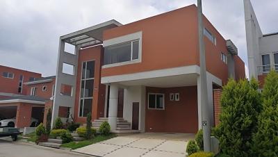 Vendo casa en km 16.5 Condominio Buena Fuente