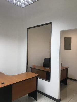 Invesprogroup alquila oficina en zona 10