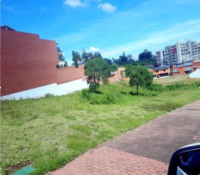 Terreno en venta ubicado en Acacias de Cayala Zona 16