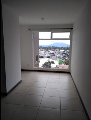 Vendo Apartamento en Zona 7 *Portico*