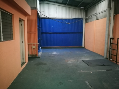 Ofibodega en Zona 10 / 340 m²