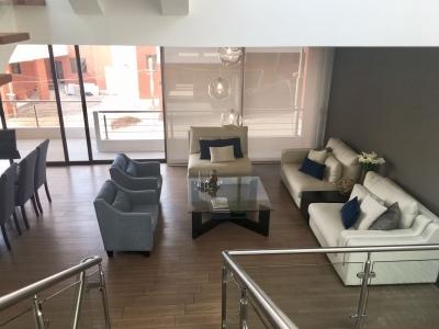Preciosa Casa en venta ubicada en Zona 16