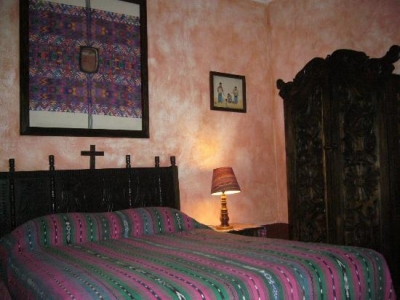 Hotel Colonial en Venta Zona 1, 10 Habitaciones, 392 m2, U$495,000