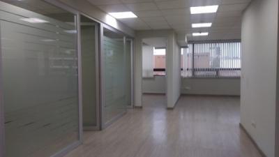 Rento Oficina  Zona 13 Excelente ubicación 220m2
