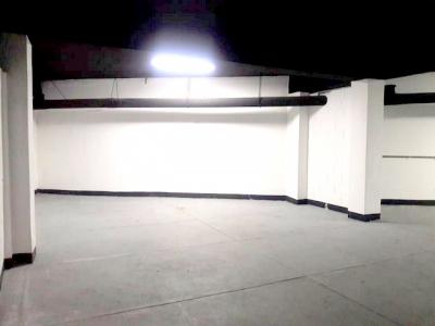 Bodegas en renta ubicadas dentro de sótano de edificio zona 10
