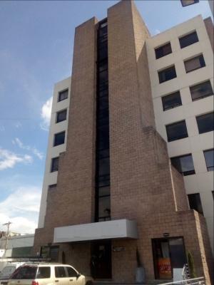 Alquilo oficina en Zona 13 con 60 mt2