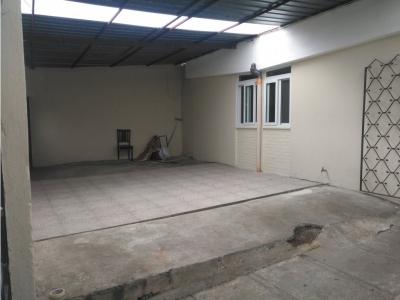 Vendo Casa en Jardines de la Asuncion Zona 5