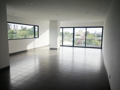 Apartamento 190 m2 con cuarto de servicio