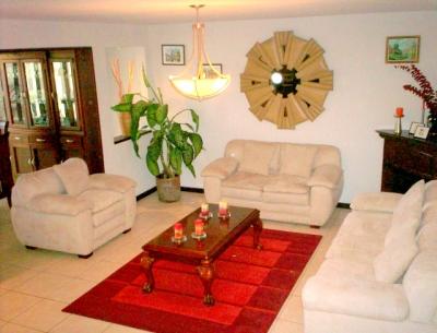 Casa en Venta zona 8 de Mixco Ciudad San Cristóbal