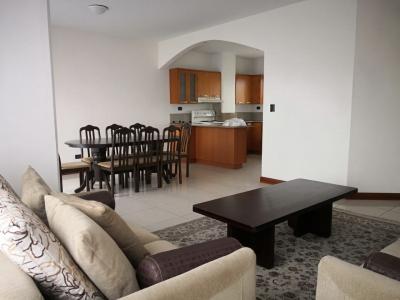 Alquilo apartamento amueblado y equipado en zona 15