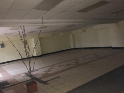 Local de 200 m2 de construcción en Renta, Zona 15