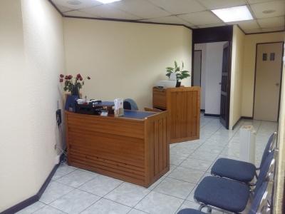 Cómoda oficina en alquiler en zona 9 - Q4,200
