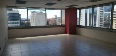 Linda Oficina en Alquiler en Avenida Reforma zona 10