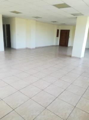 Oficina en Alquiler Zona 13, 104 m2, US$1,500