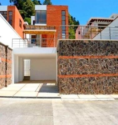 Hermosa casa en renta ubicada en KM 12.5 Carretera a el Salvador