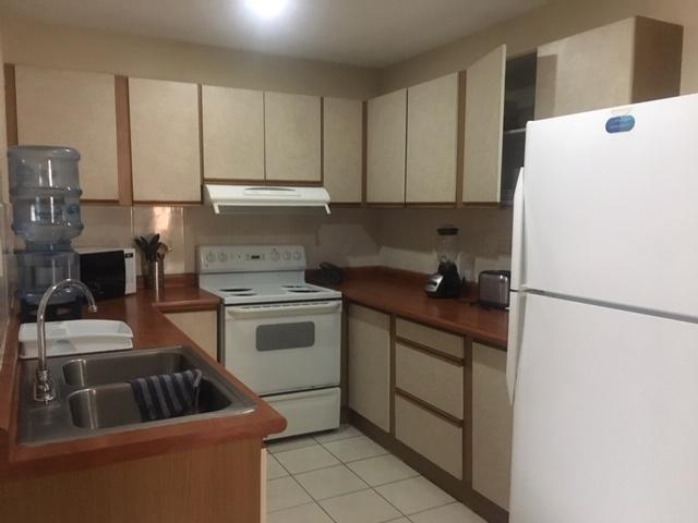 Apartamento Amoblado en Alquiler Zona 14, 3 Habitaciones, 186 m2, US$1,300