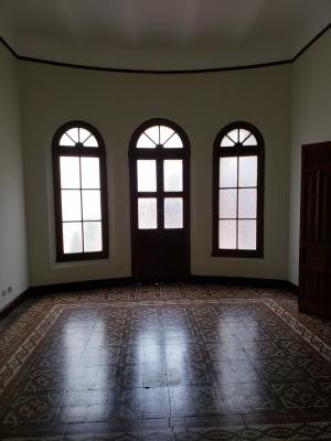 Casa en Zona 1 / 500 m²