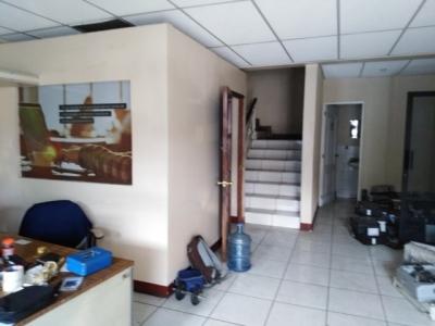 Bodega dentro de garita zona 7 sobre la San Juan