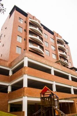 Vendo apartamento en edificio Santa Fe zona 16