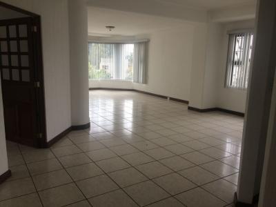 Rento apartamento zona 15 VH1