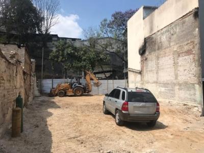 Terreno libre de construcciones zona 4