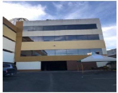 Edificio de 3 Niveles Bulevar el Naranjo