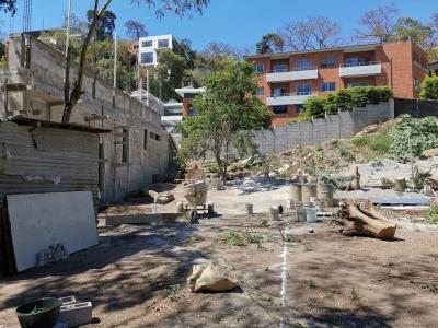 ¡En exclusiva! Venta de excelente terreno ubicado dentro de Oakland 1 Zona 10